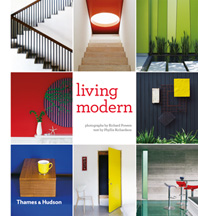 Living Modern: The Sourcebook of Contemporary Interiors Cover